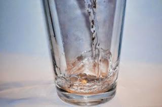 Τι νερό πίνετε