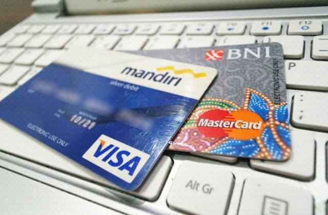 Cara Belanja di Indomaret Dengan Kartu ATM / Debit Berbagai Bank