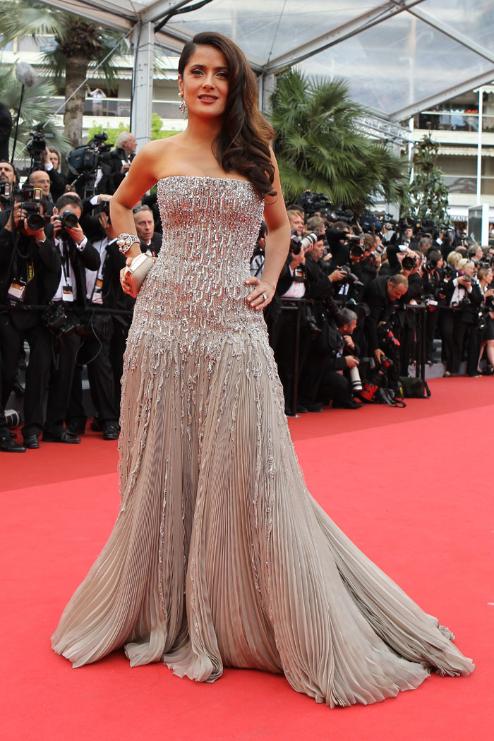Fashion Of Hair Celebrities Dresses At Cannes 2011