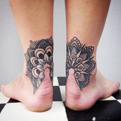 super creative tattoo design to make in the heels