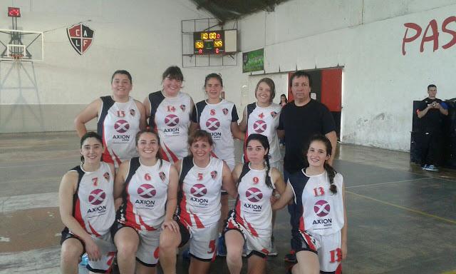 Atlético lidera en el básquet femenino.