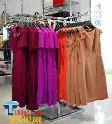 Giá treo quần áo inox 4 góc