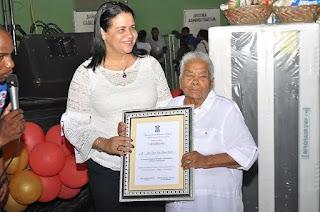 Alcaldesa Rosa Peña realiza hermoso acto en honor a las madres en Yaguate