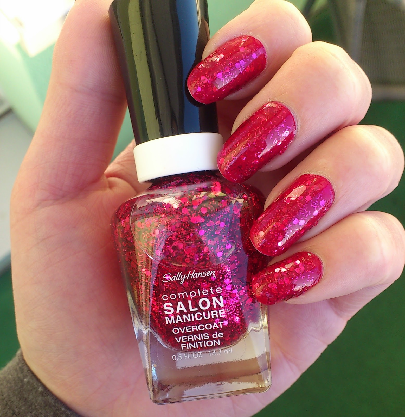 Sally Hansen Nailpolish 565 Aria Red-y?