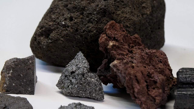 Tiny Crystals Could Help Predict Volcanic Eruptions