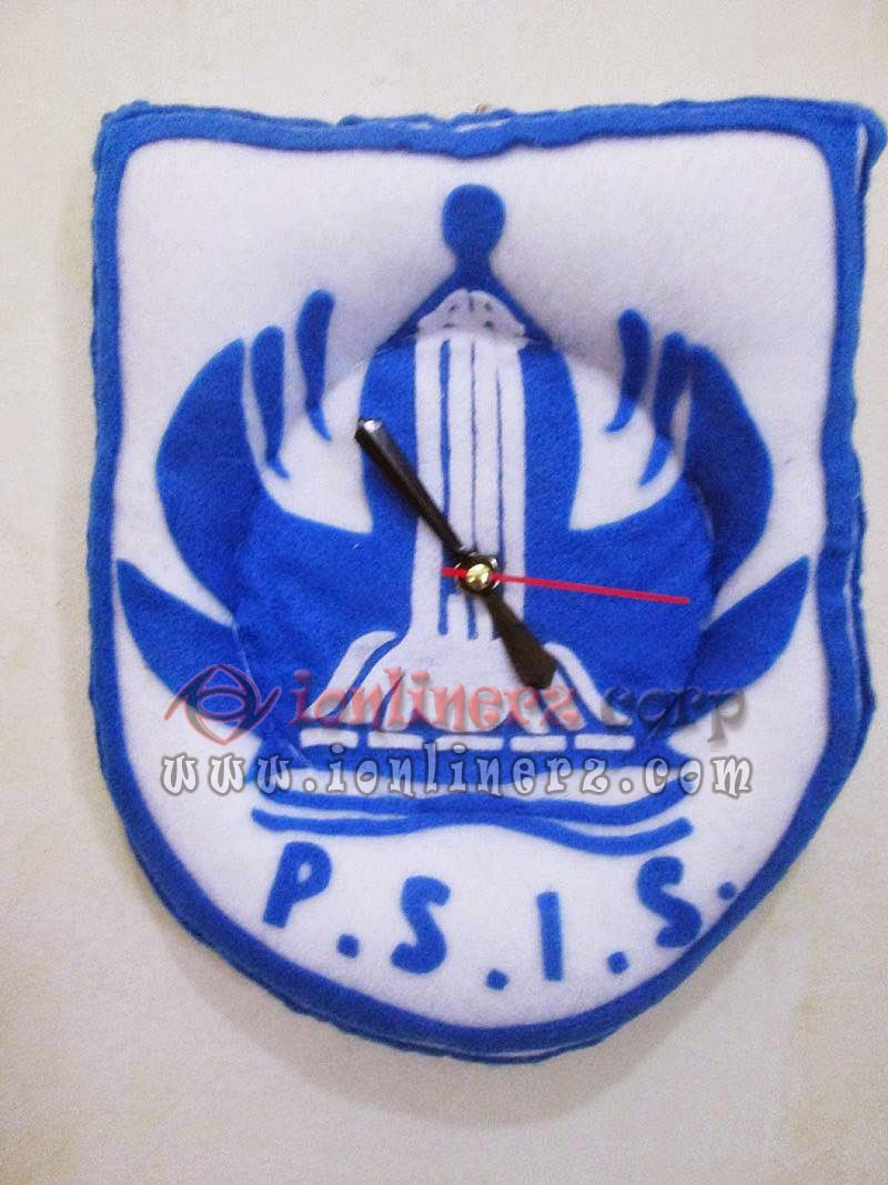 Jam Dinding Flanel Club Sepak Bola PSIS