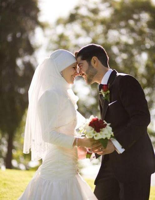 Karena Suami Menjadi Pintu Kebahagiaan Istri, Ini 12 Pesan Penting Untuk Suami Dalam Merawat Istri