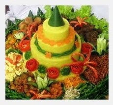 Pesan Nasi Kuning Tumpeng Semarang