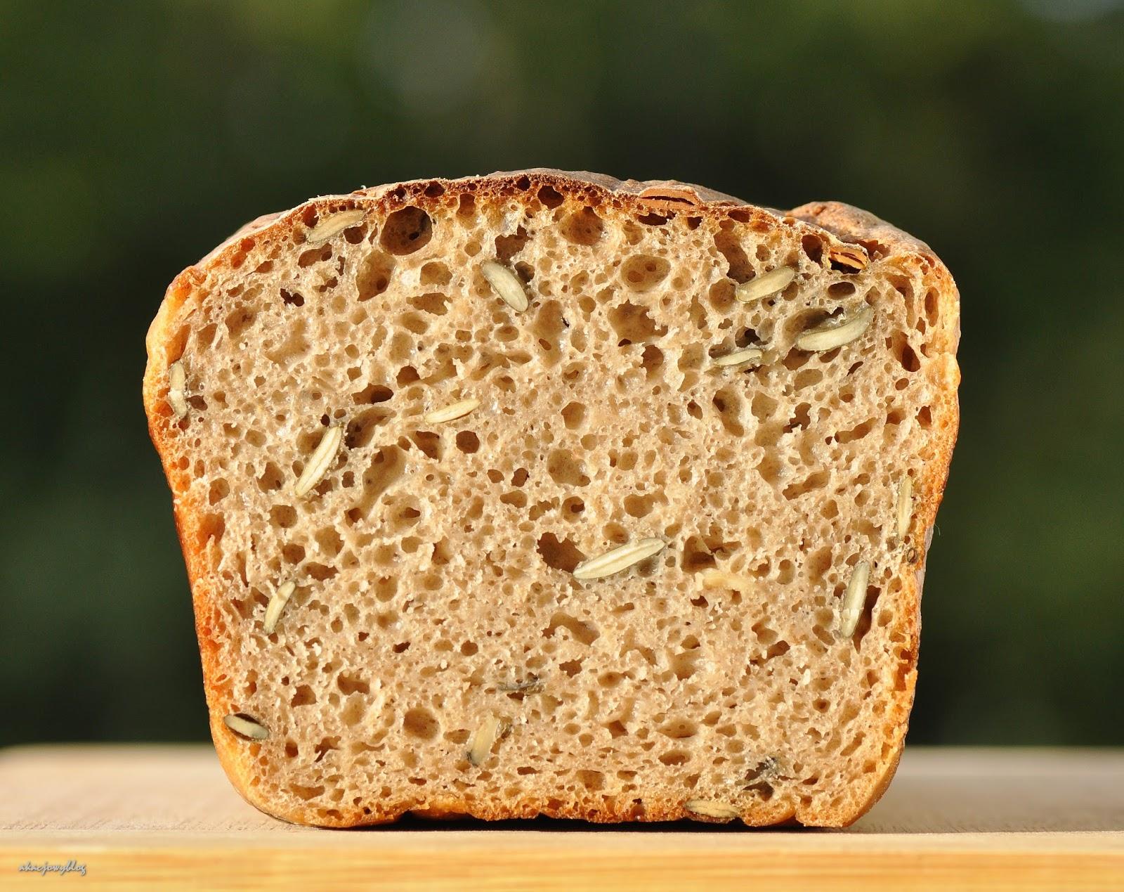 W japońskich ogrodach. Kulinarnie - chleb pytlowy na zakwasie z pestkami dyni.