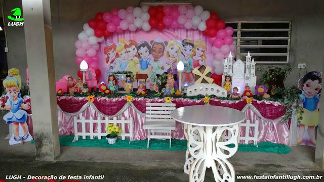 Princesas Disney Baby - Mesa de festa para aniversário infantil de meninas decorada com o tema Princesas Baby