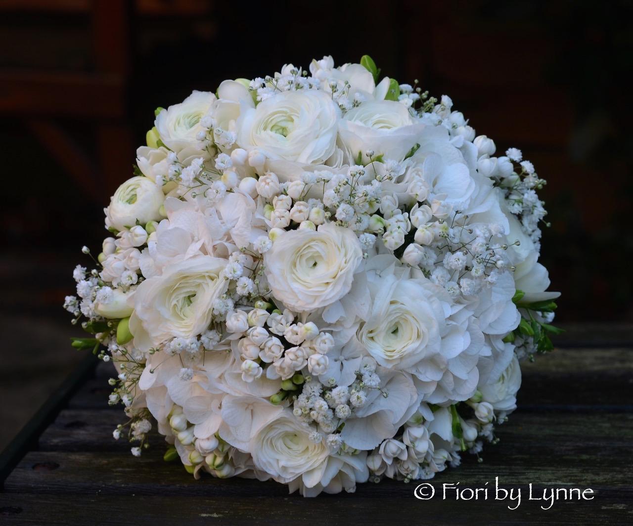Wedding flowers blog naomis rustic style white and silver wedding naomis rustic style white and silver wedding flowers fitzleroi barm west sussex mightylinksfo
