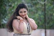 Vasavi Reddy glamorous photo shoot gallery-thumbnail-6