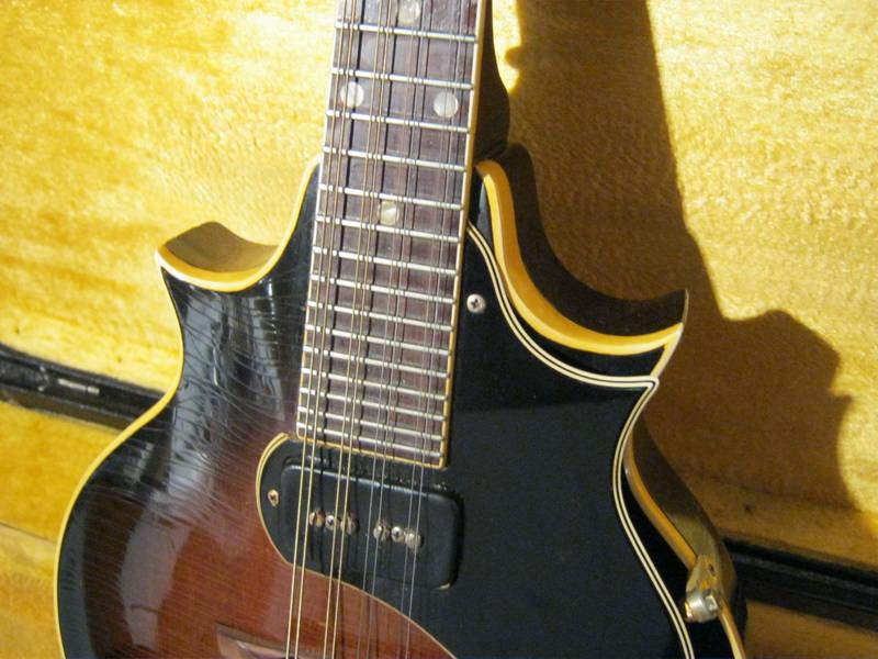 canadian vintage guitar hunt 1968 gibson em 200 florentine acoustic electric mandolin. Black Bedroom Furniture Sets. Home Design Ideas