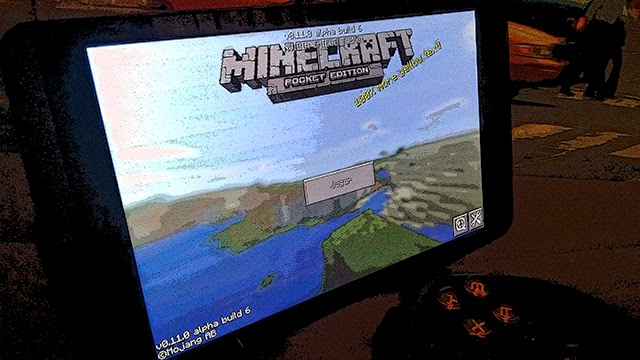 Minecraft: Pocket Edition en NVIDIA SHIELD Tablet junto a Moga Pro Power