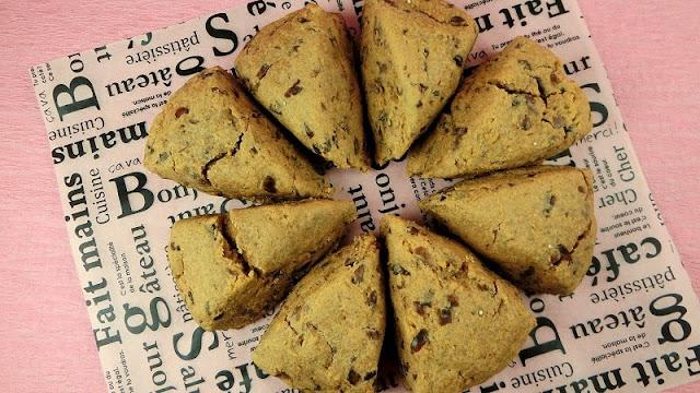 ホットケーキミックスでつくるきな粉と粒あん入りスコーンレシピ・作り方