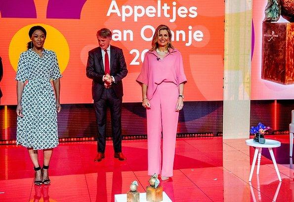 Queen Maxima wore Natan Mia Shirt and Motus wide leg. Queen Maxima wore a new shirt and trousers from Natan