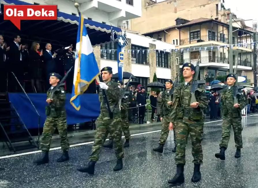Καστοριά: Στρατιωτικός σώζει ζωή συμπολίτη του στο γήπεδο