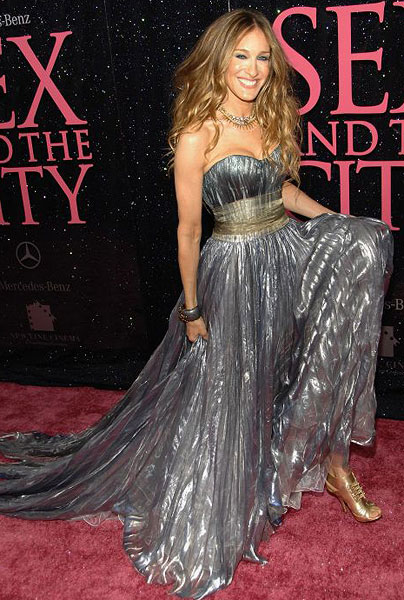 Sarah Jessica Parker S Dress Trouble She Queen Of The Fashionistas With A Closet Designer Outfits And Shoes We Can Only Dream