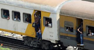 تعرف على آخر ما قاله الشاب الذي قفز من القطار في مصر