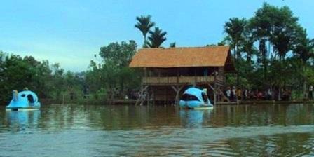 Kawasan Wisata Baranang Siang , danau cinta, wisata sumbar