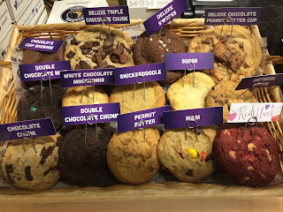 How Big Is The Insomnia Cookie Cake