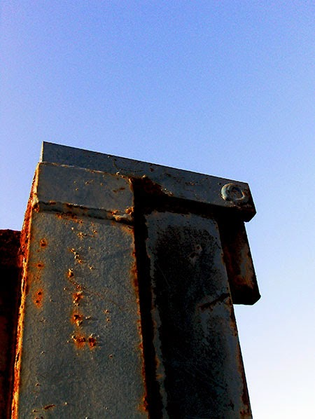 steel sculpture, urban photography, contemporary, art,
