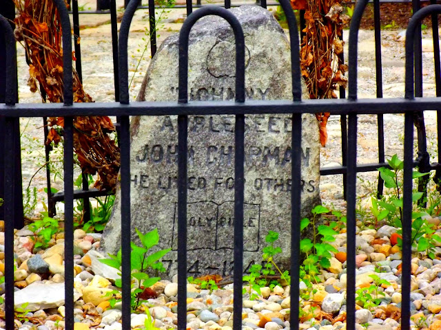 Johnny Appleseed Grave Site - Johnny Appleseed Park, Fort Wayne IN