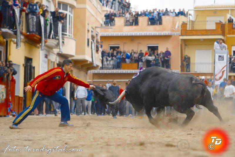 Resultado de imagen de Fiestas de San Vicente Ferrer de Vall de Uxó