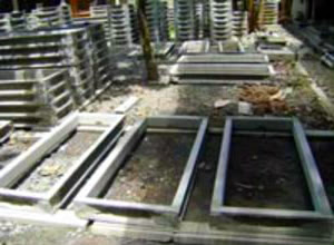 cara-membuat-kusen-beton.jpg