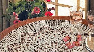 Carpeta circular con delicado diseño