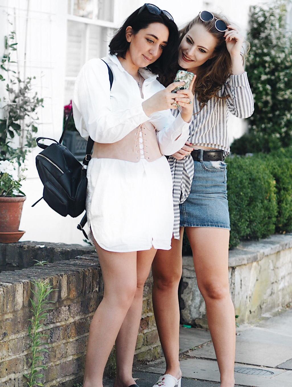 london based fashion blogger, london based style blogger, london based petite blogger, london petite style blogger, petite blogger, petite style blogger, london-based fashion blogger, fashion trend 2017, petite style, petite fashion, london blogger, london-based blogger, the importance of blogger friends, blogger friends, 4 reasons why you need blogger friends, blogger friends are the best, blogger friends are important