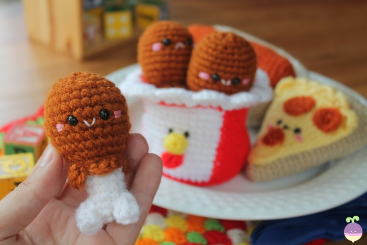Play with Your Food: 40 Free Amigurumi Patterns to Crochet Today!   480x720