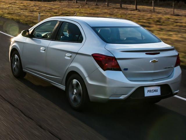 Novo Chevrolet Prisma 2017 - traseira