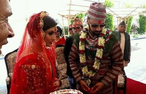 Nisha Adhikari married Sharad Vesawkar