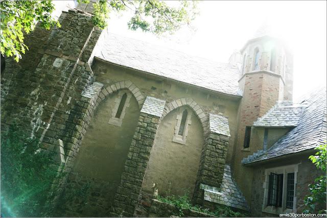 Fachada Principal del Castillo Medieval Hammond, Gloucester