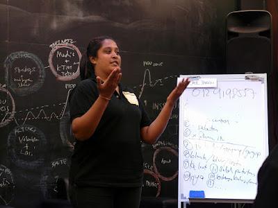 Kursus Pengucapan Awam by Azmi Shahrin at IDR on 8 May 2016