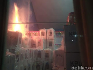 Polisi Kaji Kemungkinan Gudang Surat Suara di Sumbar Sengaja Dibakar