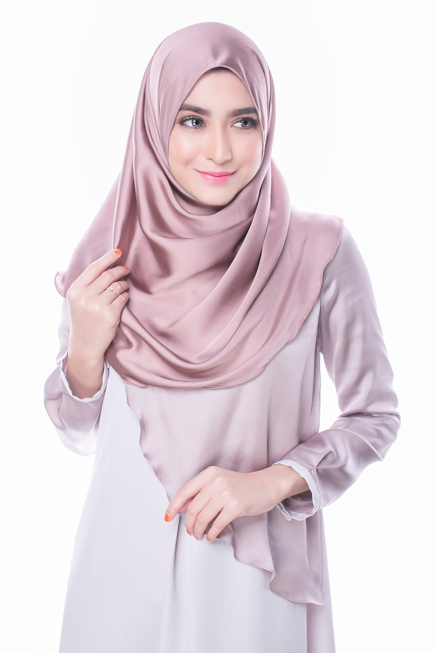 Tutorial Hijab Segi Empat Satin Simple Tutorial Hijab Paling