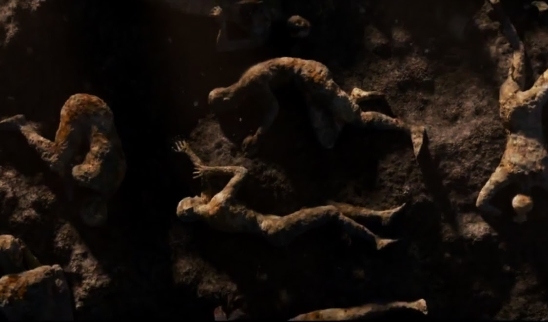 "SNEAK PEEK: ""Pompeii"" Gets Buried Alive"