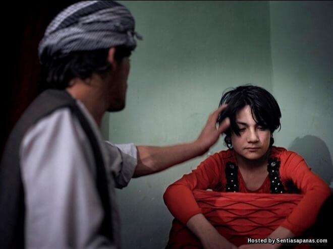 'Bacha Bazi' Sisi Gelap Tradisi Pelacur Lelaki Di Afghanistan
