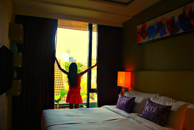 Adelphi Forty-Nine Hotel in Bangkok Blog Review