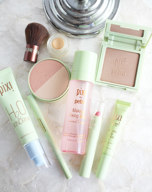pixi h20 skindrink, summer makeup trend, Pixi Beauty Blush Duo Peach Honey, Pixi Nourishing Lip Polish, Pixi Tinted Brilliance Balm Beauty Bare, Pixi Lash Line Ink, Pixi Makeup Fixing Mist, Summer Makeup