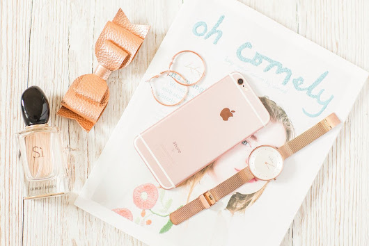 Fsyazana: HOW TO TAKE A FLAT LAY PHOTO