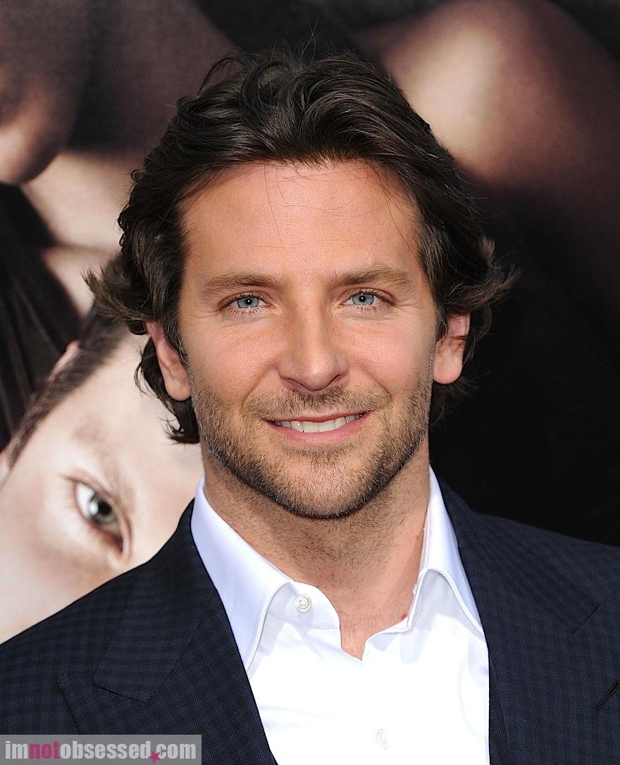 42 Good Looking Bradley Cooper Hairstyles Hairstylo
