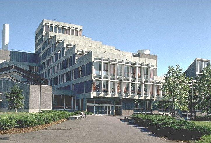 Harvard University, Universitas Terbaik Di DuniaDwiki Drake