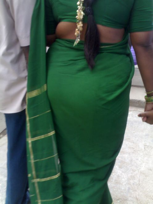 Aunty in bus blouse nipple visible watch carefully 1 - 5 1