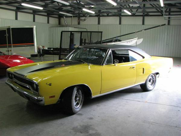 1970 Plymouth Road Runner 440 6 Pack 4 Speed