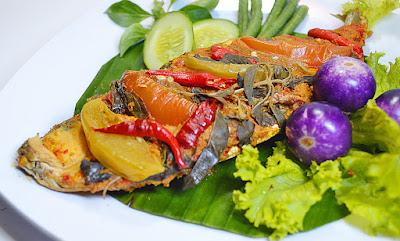 Kisah Pengusaha Sukses dari Nol Bisnis Pepes Ikan Bandeng Presto