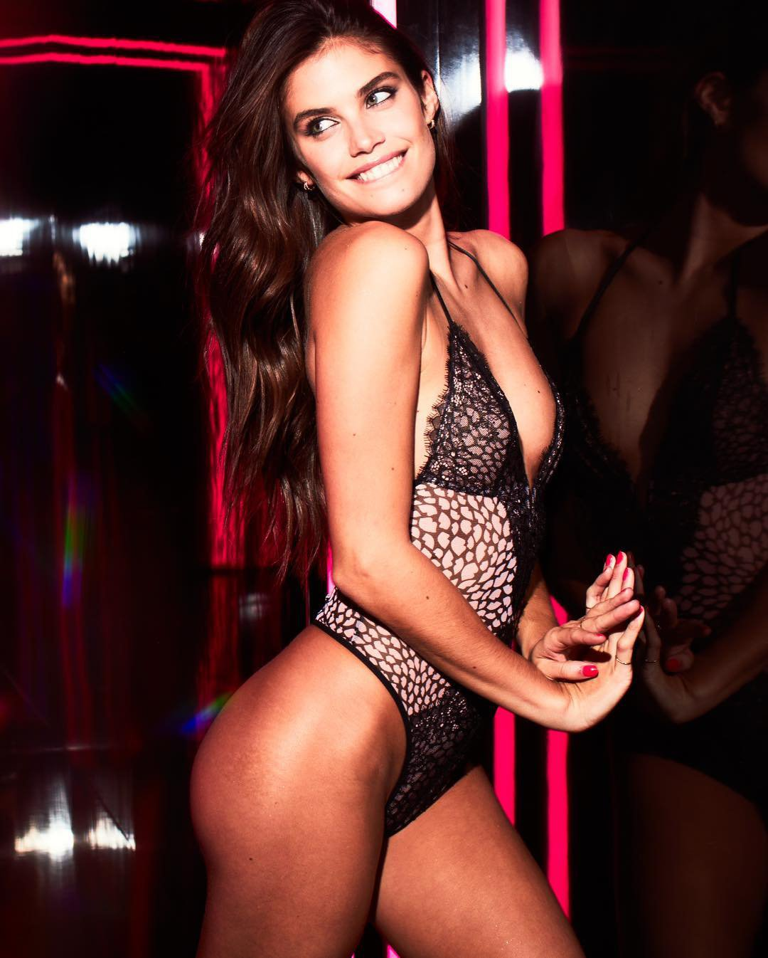 Sara Sampaio – Victoria's Secret Lingerie Photoshoot