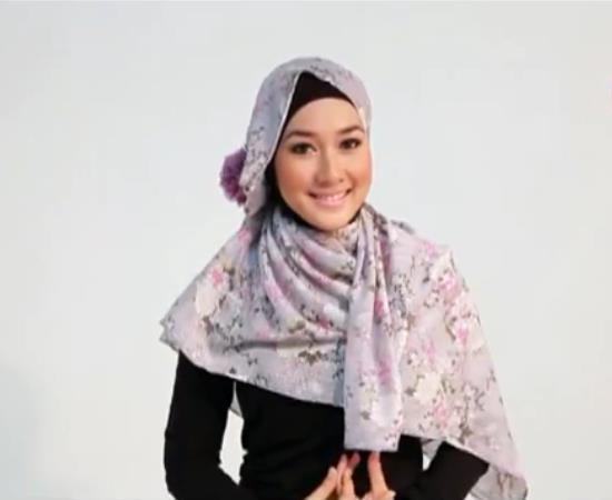 Beragam Pilihan Hijab Modern Karya Dian Pelangi
